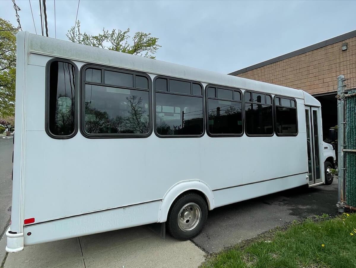 Shuttle Bus Full Wrap
